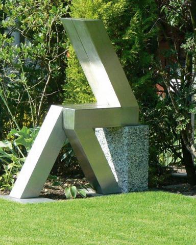 blau-metalbau-haan-projekte-referenzen-gartenmoebel-kunst