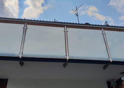 blau-metalbau-haan-balkongelaender-stahl-glas