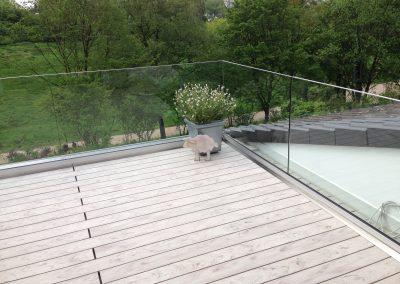 blau-metalbau-haan-gelaender-balkon-glas-2