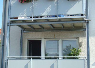 Martin-Blau-und-Sohn-GmbH-Balkon-Gelaender-Anbaubalkon